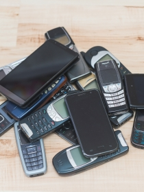 Cómo reutilizar tu viejo móvil y darle otra vida