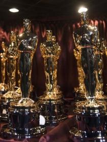 Soñar que ganas un Oscar: sueños de premio