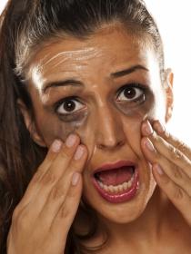 Por qué nunca deberías ir maquillada al gimnasio