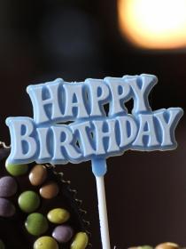 Felicitaciones de cumpleaños para Leo: ¡Hazle sonreír en su día!