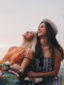 Tu mejor amiga: frases para esa persona especial