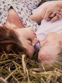 Las mejores frases para ligar y seducir a un amigo