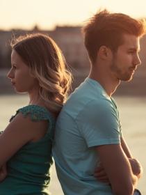 Cómo no ceder al chantaje emocional en pareja: Protégete