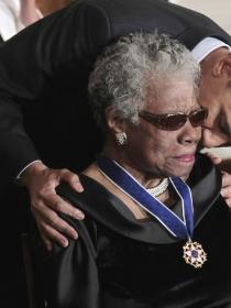 Maya Angelou y sus frases más poderosas y motivadoras