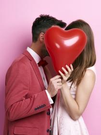 ¿Romántica o cursi? El test que revela cómo eres en el amor