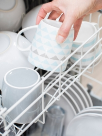 8 cosas que jamás deberías meter en el lavavajillas