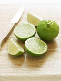 Cómo la lima te puede ayudar a adelgazar