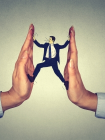 Conoce los distintos tipos de acoso laboral o mobbing