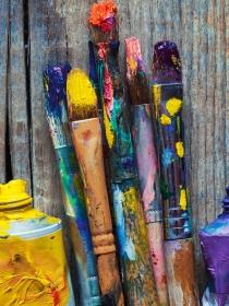 Soñar con pinceles de colores: tu vida a todo color