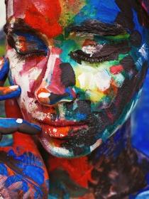 Soñar que te hacen un retrato: descubre tus rasgos