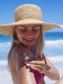 Cómo usar el protector solar: 7 consejos a tener en cuenta