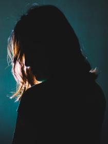 ¿Tienes miedo a la oscuridad? Se llama nictofobia y tiene solución
