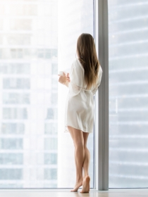 Soñar que estás hecho de cristal: ¿te sientes vulnerable?