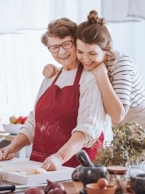 Soñar con tu abuela materna: conecta con tus valores