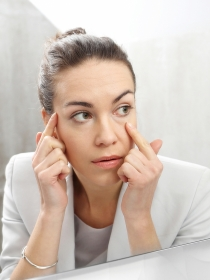 Me late el ojo, ¿son peligrosas las palpitaciones del párpado?