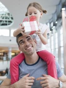 Disfruta el Día del Padre en familia con originales regalos