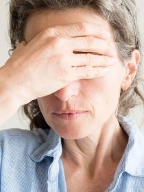 Remedios para aliviar el dolor de cabeza en la menopausia