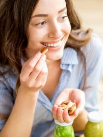 Los beneficios de los frutos secos en tu menú