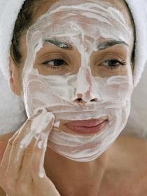Limpieza facial profesional: pasos, beneficios y precio