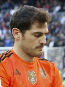 Iker Casillas, en calzoncillos. El novio de Sara Carbonero celebra la Copa desnudo