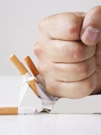 Por qué es tan difícil dejar de fumar