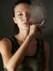 Los efectos inmediatos del tabaco en nuestra salud y belleza