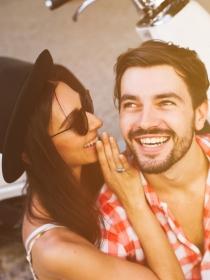 Cómo hacer que tu pareja se sienta valorada: mejora su autoestima