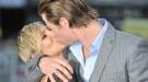 Liam Hemsworth, lejos de Miley Cyrus; Elsa Pataky y Chris Hemsworth le restriegan su amor