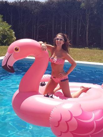El flotador flamenco rosa, el must have del verano