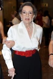 La actriz Amparo RIvelles forma parte de la historia del teatro español