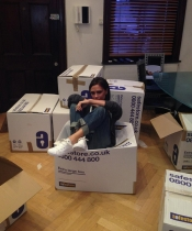 Victoria Beckham presume de su 'solidaridad' con las víctimas del tifón Haiyan