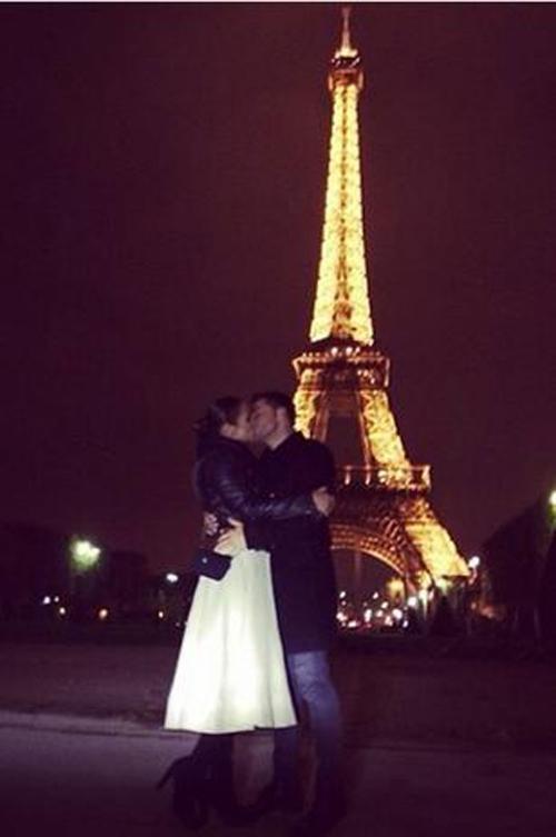 Paula Echevarría y David Bustamante, una pareja más de enamorados en París