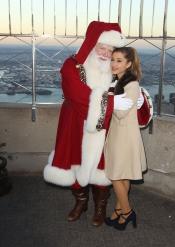 Ariana Grande, una mujer con cuerpo de niña
