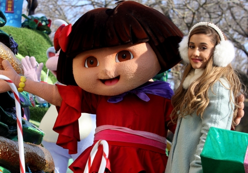 Ariana Grande, protagonista del Desfile de Acción de Gracias 2013 en Nueva York