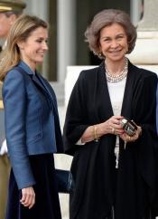 La manicura de la Reina Sofía: más moderna que Letizia