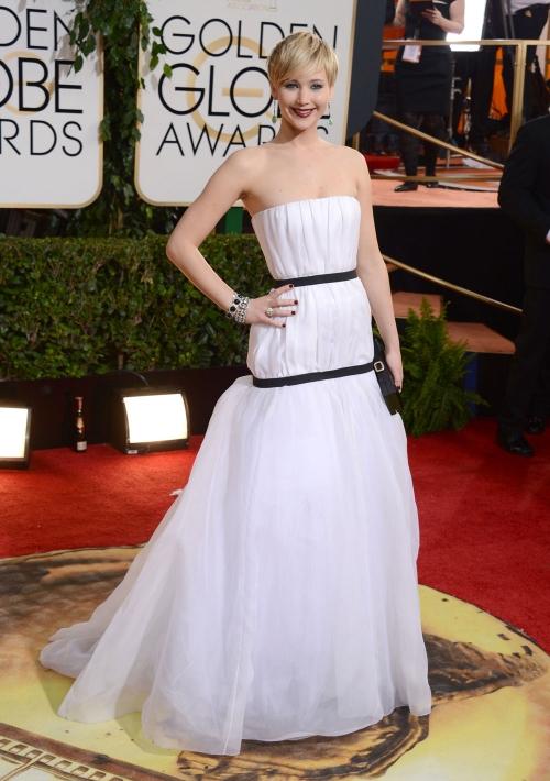 El look apagado de Jennifer Lawrence en los Globos de Oro 2014