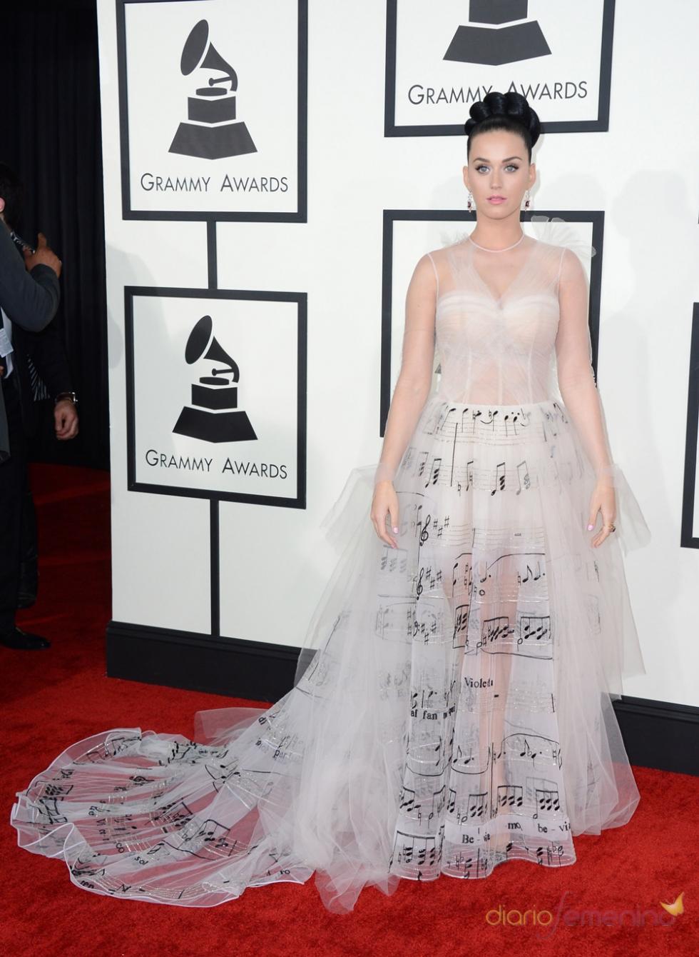 Katy Perry, con un look tan sensual como musical en los Grammy 2014
