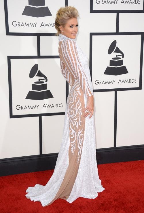 Paris Hilton se quedó en el intento y no brilló en los Grammy 2014