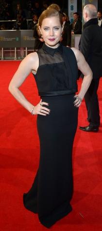 Amy Adams brilló en la alfombra roja de los BAFTA 2014