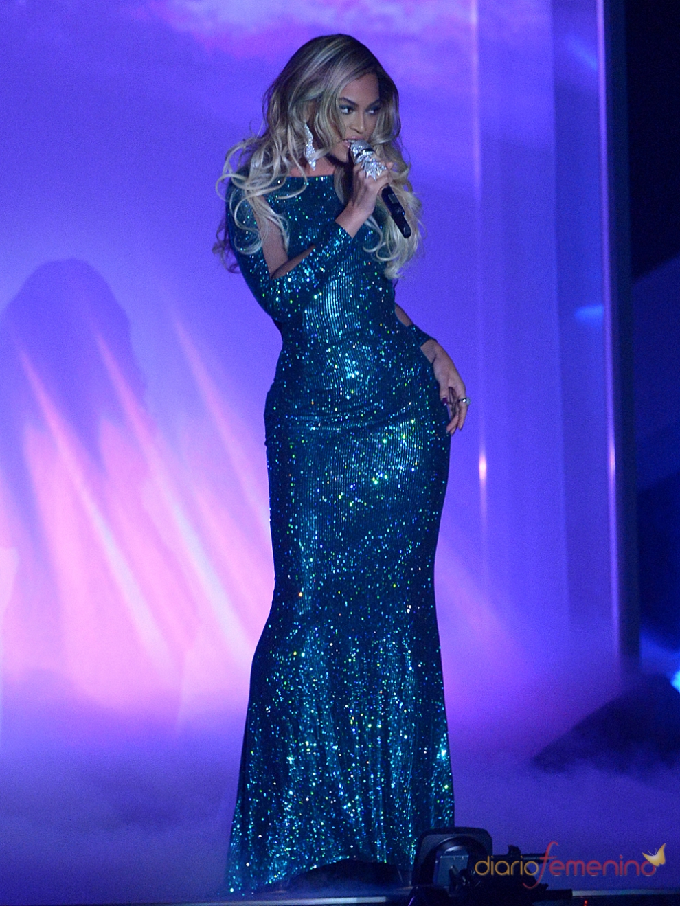 Beyoncé, radiante en los Brit Awards 2014