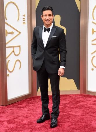 Mario Lopez en la alfombra roja de los Oscar 2013