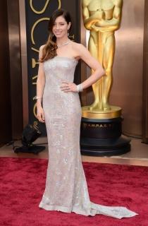 Jessica Biel, en la alfombra roja de los Oscars 2014