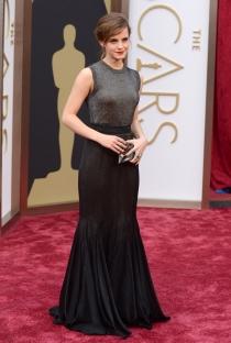 Emma Watson, en la alfombra roja de los Oscars 2014
