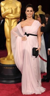 Oscars 2014: Penélope Cruz deslumbra en rosa
