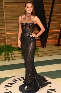 El sensual vestido de Irina Shayk en la fiesta de los Oscars 2014