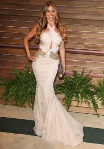 Sofía Vergara, tan sexy como siempre en la fiesta de los Oscars 2014