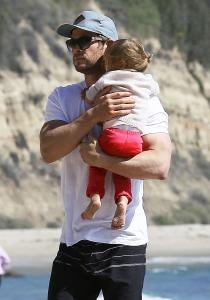 Chris Hemsworth sigue demostrando que es un auténtico padrazo