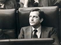 Adolfo Suárez en su escaño del Congreso de los Diputados