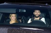 Piqué y Shakira, en el coche con el pequeño Milan