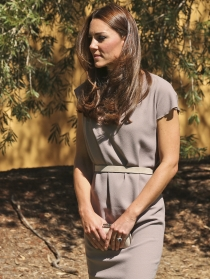 Kate Middleton, despreocupada por su melena al viento